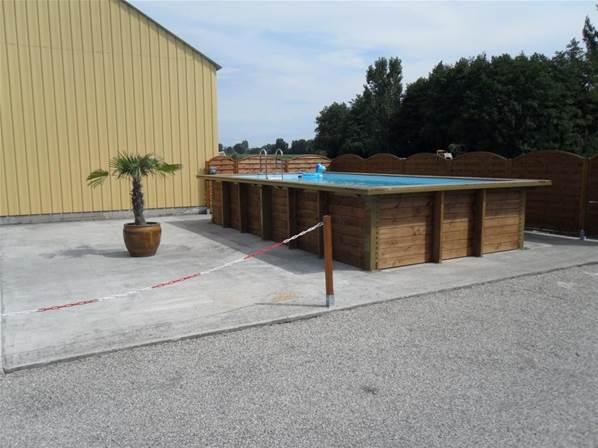 piscine bois hors sol avec renfort en métal